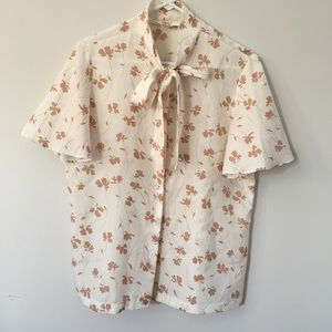 Vintage floral pussy bow large sleeves button top
